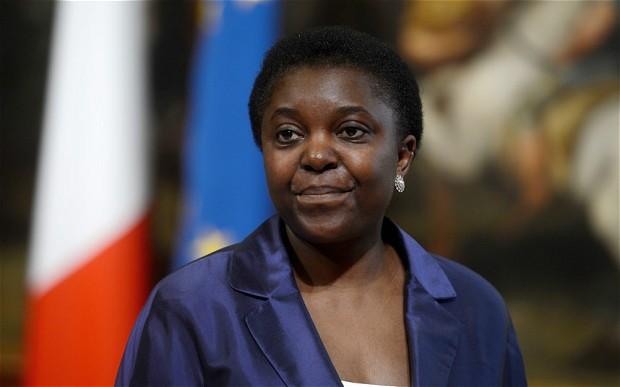 La ministre italienne de l'intégration Cécile Kyenge. Crédit photo: thelondoneveningpost.com