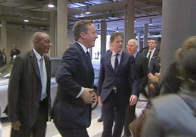 L'arrivée du premier ministre Britannique David Cameron. Crédit photo: lefigaro.fr