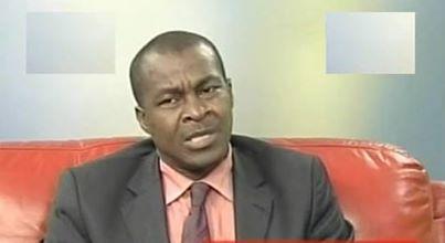 Charles Ateba Eyene lors de l'un de ses passages sur STV. Crédit image: blogs.mediapart.fr